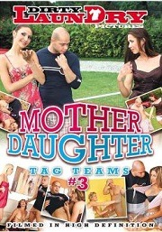 Mother-Daughter-Tag-Team-3-2015-Pelicula-Porno-XXX-Completa-Online-Gratis.jpg