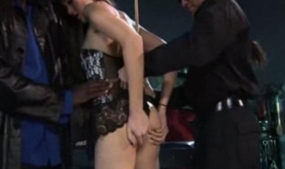 Sasha-Grey-practicando-BDSM.jpg